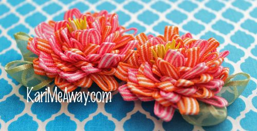 16 twisted two color flower-kari mecca copy